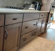 Стоит ли менять фасады кухонных шкафов?